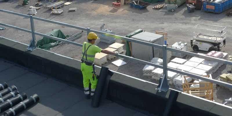 Linea vita sul tetto: normativa e sicurezza