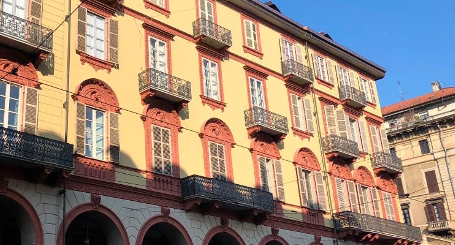 Ristrutturazione facciata e portico a Torino